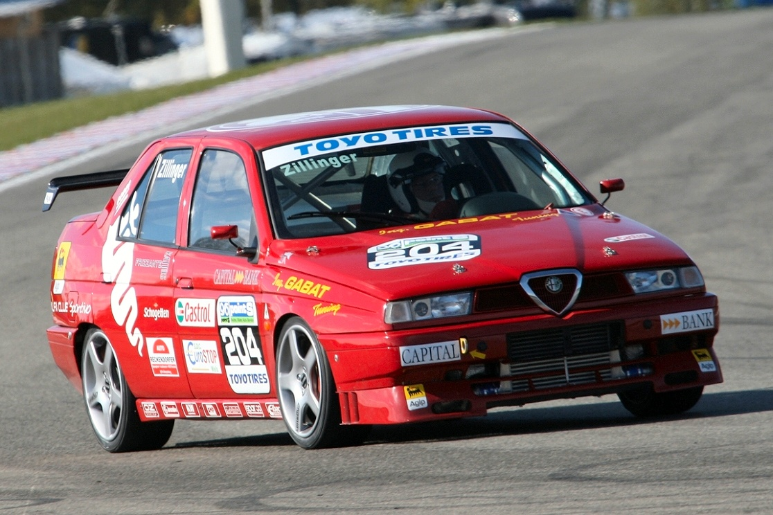 Alfa Romeo 155 Q4 and